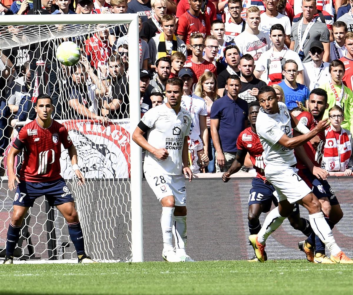 [4e journée de L1] SM Caen 1-0 FC Metz Djiku_da_silva_3