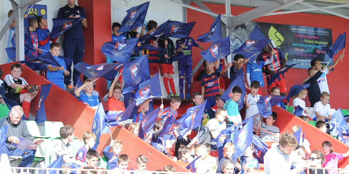 [22e journée de L1] SM Caen 0-2 O Marseille Drapeaux_supporters_1