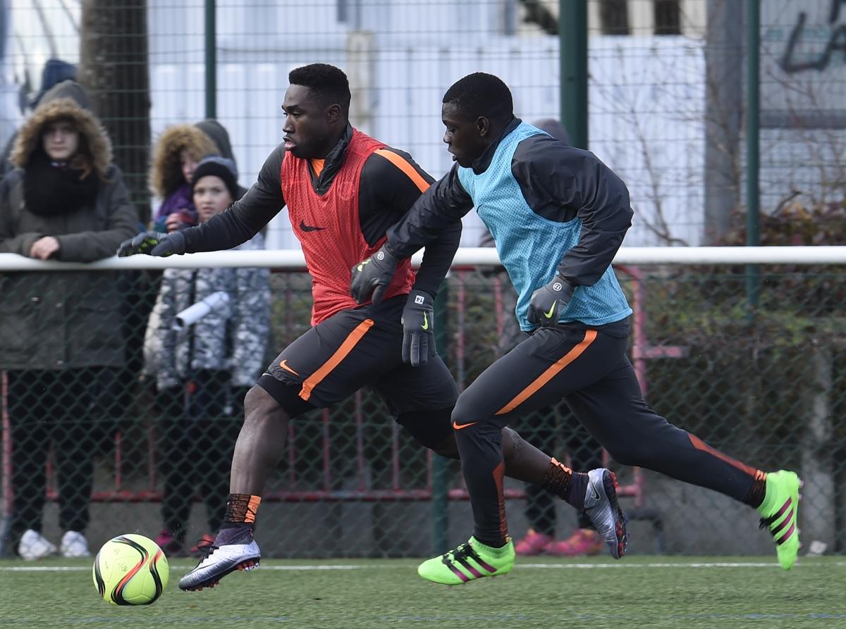 [31e journée de L1] SM Caen 2-1 ES Troyes AC Louis_makengo_2