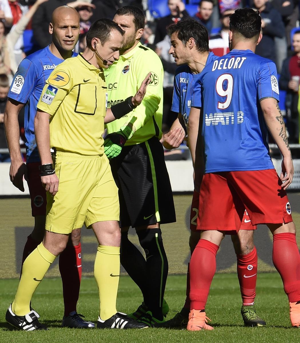 [27e journée de L1] AS Saint Etienne 0-1 SM Caen M_buquet_inflexible_4_1