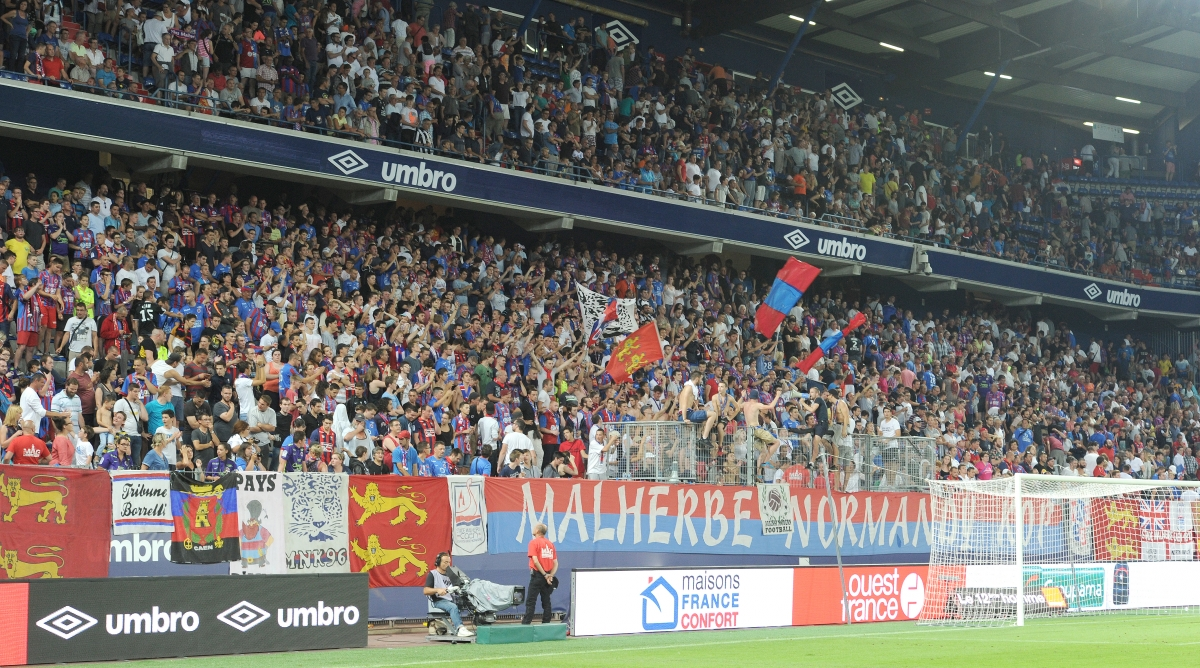 [5e journée de L1] SM Caen 0-6 Paris SG Public_heureux_1_gf