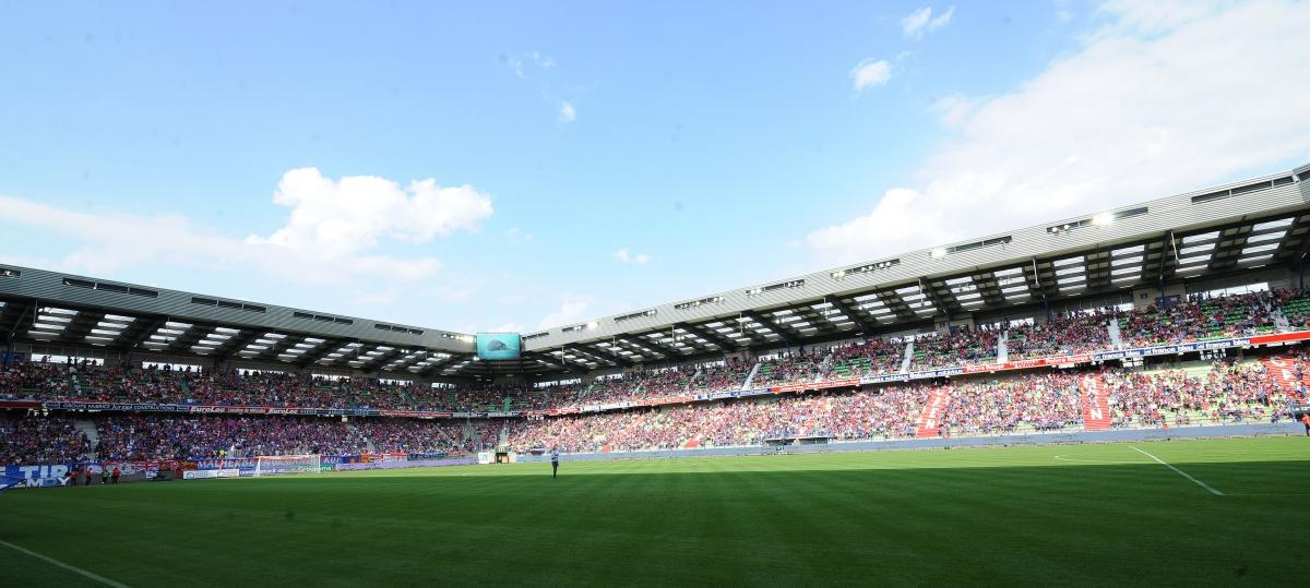 [19e journée de L1] SM Caen 0-3 Paris SG Stade_bleu_et_rouge_2