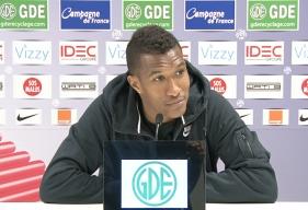 Le défenseur caennais, Emmanuel Imorou, lors de la conférence de presse avant le match SM Caen - EA Guingamp