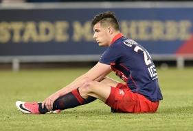 Toute la déception de Frédéric Guilbert au coup de sifflet final après la défaite du SMC contre Rennes (0-1).