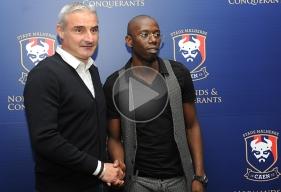 """En présence d'Alain Cavéglia, le directeur sportif du club normand, la recrue Mouhamadou Dabo, dit """"Mamad"""", a été présentée aux médias ce vendredi 1er juillet."""