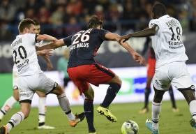 En rapportant le match de nul de Troyes en match en retard de la 24e journée, Romain Amalfitano, Cédric Yambéré et les Dijonnais ont rejoint au classement Ivan Santini et les Caennais.