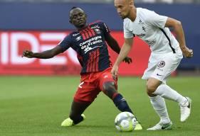 Contre le FC Metz de Renaud Cohade, Adama Mbengue a touché 65 ballons. Côté normand, seul Alexander Djiku a fait mieux avec 67 ballons.