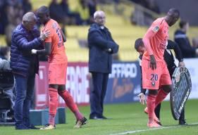 Victime d'une entorse de la cheville gauche à l'heure de jeu, Christian Kouakou a dû céder sa place à Hervé Bazile.