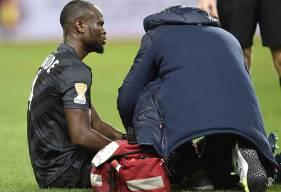 Mal retombé sur son genou droit, Ismaël Diomandé a été contraint de sortir à la demi-heure de jeu. Même s'il doit passer des examens en rentrant à Caen, l'international ivoirien est très incertain pour la réception de Guingamp, samedi.