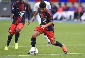 Un doublé de Jad Mouaddib a permis aux U19 de Michel Rodriguez de dominer le leader lensois, récupérant par la même occasion la première place. ©Photo d'archives