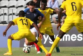 Malgré la passe décisive de Jessy Deminguet sur l'ouverture du score de Ludovic Blas face au Togo, l'équipe de France U20 est éliminée du Festival international espoirs de Toulon.