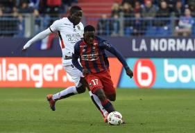Adversaire la saison dernière, Jean-Victor Makengo et Mario Balotelli sont désormais coéquipiers sous le maillot niçois.