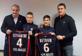 En compagnie, ici, du directeur sportif Alain Cavéglia et de l'entraîneur des U19 nationaux Michel Rodriguez, Nathan Leteurtre et Lucas Betrom - deux jeunes espoirs du FC Rouen - se sont engagés avec le centre de formation du Stade Malherbe.