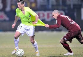 Le dernier succès caennais à Saint-Symphorien remonte à janvier 2010. Dans un choc entre deux prétendants à la montée en L1, le Stade Malherbe de Grégory Tafforeau s'était imposé 3-1 aux dépens du FC Metz d'un certain... Vincent Bessat.