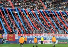 Plus de 15 000 supporters s'étaient encore donnés rendez-vous à d'Ornano pour encourager leurs joueurs préférés.