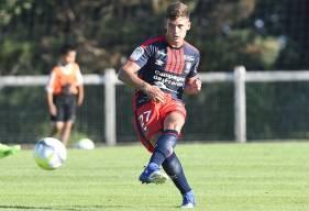 Utilisé seulement lors des matches de préparation, Valentin Voisin (21 ans) va disputer la seconde partie de saison sous les couleurs de l'US Avranches.
