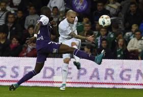 Le Stade Malherbe de Vincent Bessat se déplacera au Stadium samedi 9 décembre.