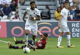 Associé à Julien Féret à la récupération face à Lille, Youssef Aït Bennasser - arrivé mercredi en Normandie - a réalisé d'excellents débuts sous le maillot caennais.