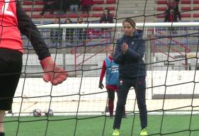 Anaïs Bounouar (responsable technique féminine du SM Caen) a pu observer plus de 70 joueuses lors de cette soirée de détection