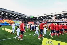 Pour ce premier match de la saison à domicile, le Malherbe Normandy Kop a lui aussi effectué son retour avec un magnifique tifo lors de l'entrée des joueurs sur la pelouse de d'Ornano