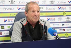 À deux jours de la réception des Girondins de Bordeaux à d'Ornano, Rolland Courbis s'est présenté devant la presse ce mercredi midi