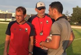 Yohann Eudeline aux côtés de Jean-Marc Branger et Bruno Gacoin lors d'un match de préparation face au Angers SCO