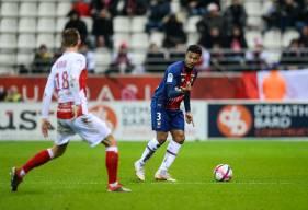 De nouveau aligné à gauche, Yoël Armougom s'est montré décisif, à l'origine des deux buts du Stade Malherbe