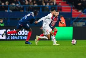 Prince Oniangué et Jonathan Gradit ont longtemps résisté aux attaques de l'AS Monaco avant de voir Falcao marquer sur coup-franc à la 55'