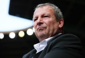 Roland Courbis pourrait s'engager avec le Stade Malherbe Caen et accompagner le club dans son objectif qui est le maintien en Ligue 1 Conforama
