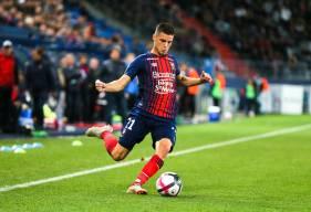 """Alors qu'il terminera sa 3e saison en """"rouge et bleu"""", Frédéric Guilbert rejoindre l'Angleterre et Aston Villa à la fin de l'exercice 2018/2019"""