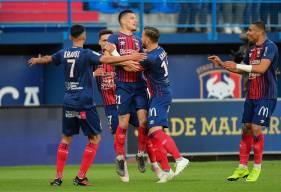 La joie de Frédéric Guilbert et des caennais lors du troisième but inscrit par le latéral droit caennais