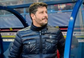 """Après une saison passée à la tête de l'équipe professionnelle Stade Malherbe Caen, l'aventure de Fabien Mercadal se termine avec les """"bleu et rouge"""""""