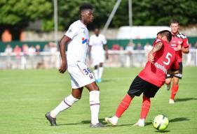 """Après avoir fait une première apparition dans le groupe en Coupe de France, Brice Tutu est présent dans les """"19"""" pour se rendre à Guingamp"""