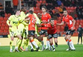 Le Stade Malherbe Caen a encaissé plus de 65% de ses buts sur coup de pied arrêté cette saison (© FC Lorient)