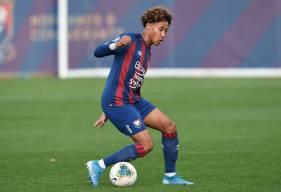 Après deux apparitions dans le groupe professionnel, Alexis Beka Beka va découvrir l'Équipe de France U19