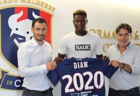 Pape Djibril Diaw arrive pour une saison au Stade Malherbe Caen en provenance du Angers SCO qu'il a rejoint la saison dernière