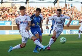 Très à l'aise dans la défense à trois du Stade Malherbe Caen, Hugo Vandermersch a été désigné MVP face aux Chamois Niortais