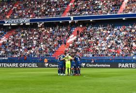 """Les joueurs du Stade Malherbe Caen réunis avant d'affronter les """"ciel et marine"""" hier soir à d'Ornano"""