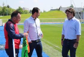 Yohan Eudeline aux côtés de Fabrice Clément et Fabrice Vandeputte lors de son arrivée au Stade Malherbe Caen