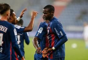 Titulaire pour la seconde fois de suite, Prince Oniangué a inscrit le second but de la saison à d'Ornano pour le Stade Malherbe