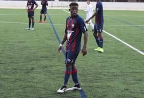 Abou Sangaré a laissé ses coéquipiers à 10 à 15 minutes de la fin du match après avoir été sévèrement expulsé