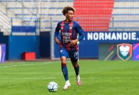 Habitué des sélections jeunes, Alexis Beka Beka est convoqué pour la première fois avec l'Équipe de France U20