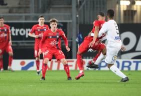 Élu MVP face à Valenciennes mardi soir, Johann Lepenant s'est une nouvelle fois montré très à l'aise au milieu de terrain