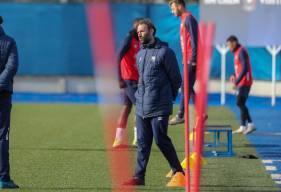 Cédric Hengbart est désormais l'entraîneur adjoint du groupe professionnel aux côtés de Fabrice Vandeputte