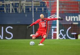 Rémy Riou effectuait son retour à la compétition hier soir après plus d'un mois d'absence et une blessure aux côtes