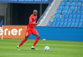 Prince Oniangué a disputé son trosième match de la saison en tant que défenseur central face au Havre