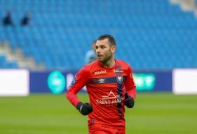 Yoann Court se retrouve dans le 11 type fans de la 11e journée de Ligue 2 BKT aux côtés de Yacine Bammou et Prince Oniangué