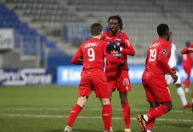 En inscrivant son premier but de la saison, Benjamin Jeannot a offert le point du match nul au Stade Malherbe (© AJ Auxerre)