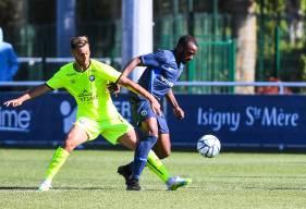 Azzeddine Toufiqui a touché beaucoup de ballons en première période, il était titulaire au milieu de terrain du SM Caen