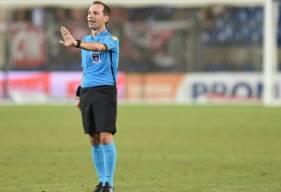 Le dernier match arbitré par Florent Batta remonte au mois de mars 2019, c'était face à l'AS Saint-Etienne
